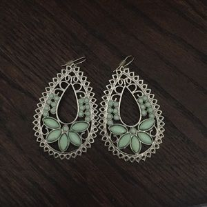 Jewelry - Silver and Mint earrings